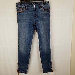 WHBM The Skimmer jeans size 6